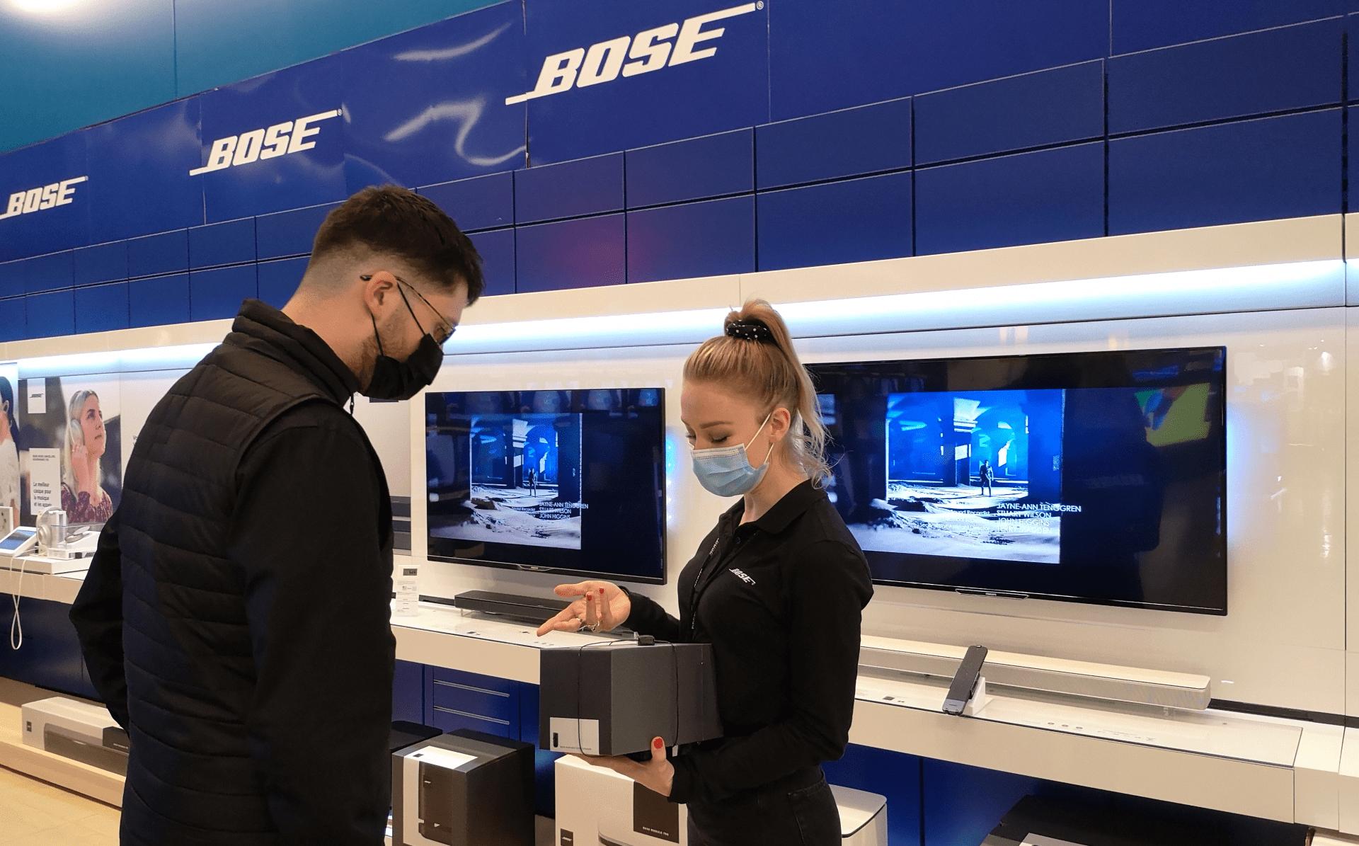 Vendeur démonstrateur high tech Bose3